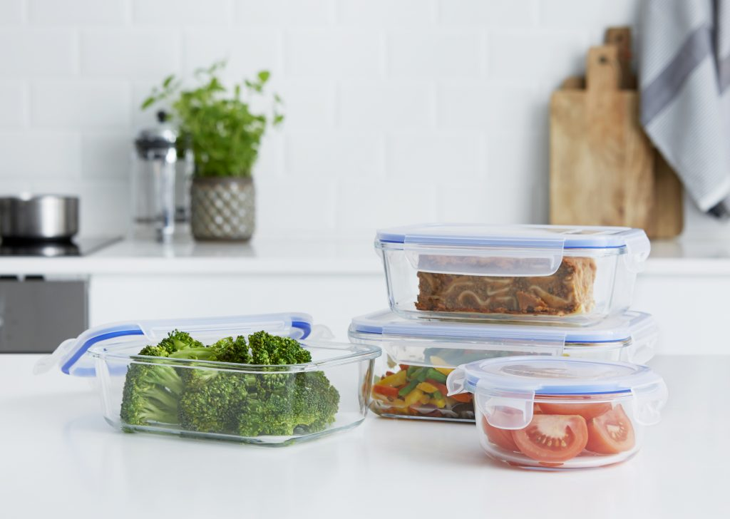 Lyngby is a series of very practical boxes because storing and heating food take place in the same container. Containers have food inside an stand on the tabletop.