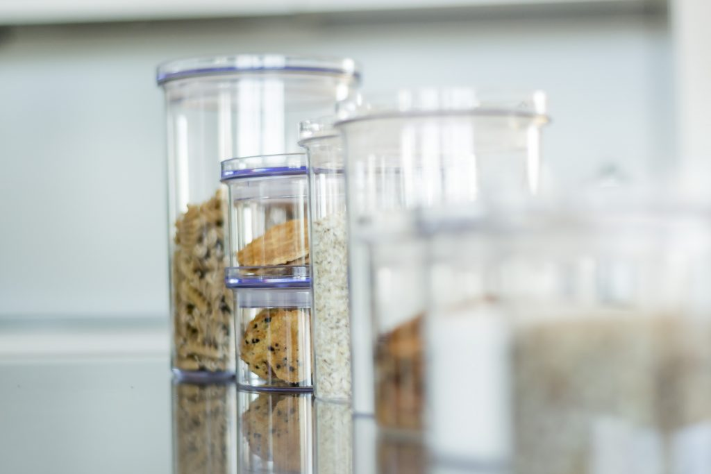 Stockholm food storage canisters, available in different sizes, are perfect for storage of sugar, flour or pasta as well as for cookies! Containers stand on the tabletop.