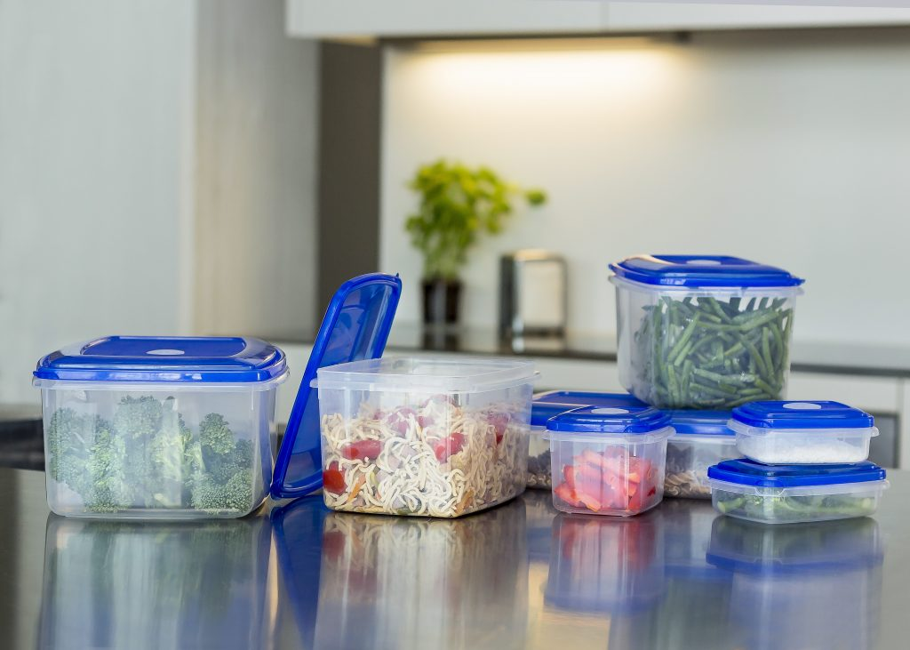 Series of practical food storage boxes named Top Box. Bottoms of this series are made of tranlucent material to give a prefcect overview what is inside. Containers stands in the kitchen.