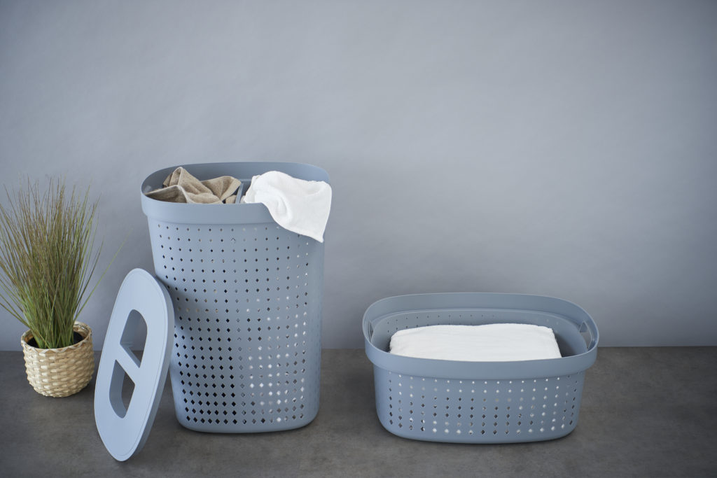 We are pleased to continuously introduce new products where recycling is considered. And we are proud to have several product series in the range, which are produced from regrind plastic. This includes Probox Recycle, which you can also use for sustainable bathroom storage. Of course, without compromising on functionality and design.